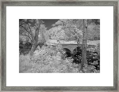 Burnside Bridge 0237 Framed Print