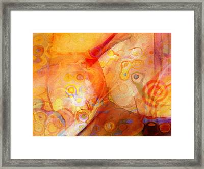Butterfly Framed Print by Lutz Baar