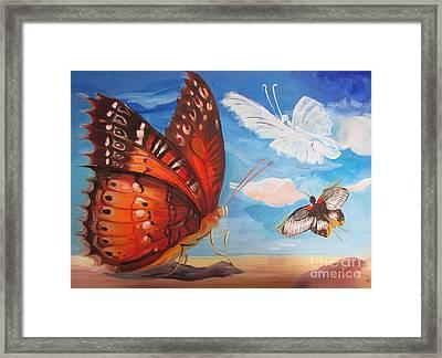 Butterfly Paysage 5 Framed Print