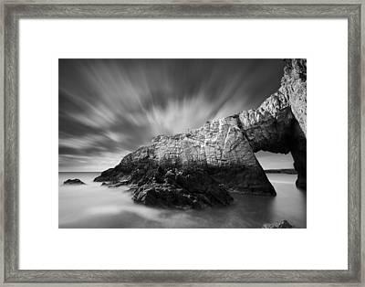 Bwa Gwyn Framed Print by Dave Bowman