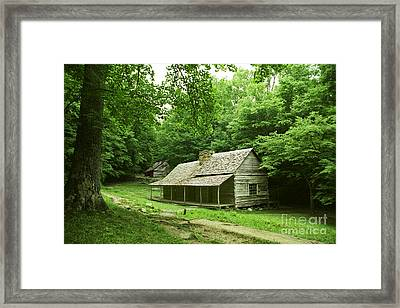 Cabin In The Smokey Mtns Framed Print