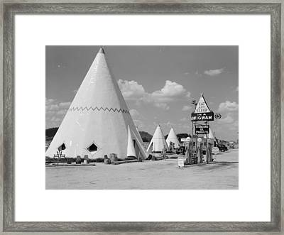Cabins Imitating The Indian Teepee For Tourists Along Highway Framed Print by Historic Photos