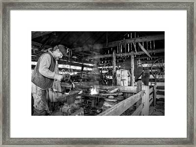 Cades Cove Blacksmith Shop In Black And White Framed Print