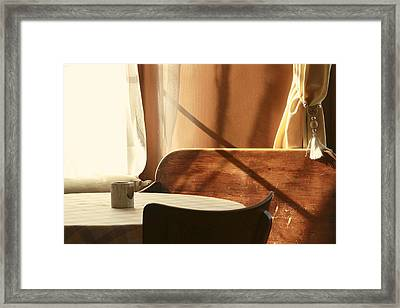 Framed Print featuring the photograph Cafe by Colleen Williams