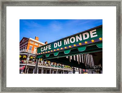 Cafe Du Monde Picture In New Orleans Louisiana Framed Print