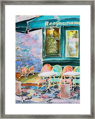 Cafe In Montmartre Framed Print