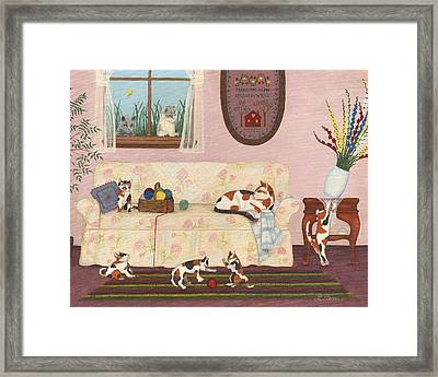 Calico Mischief Framed Print by Linda Mears