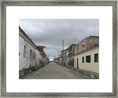 Calle Cubana Framed Print
