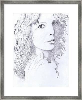Canadian Songstress Framed Print by Paul Smutylo