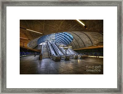 Canary Wharf 1.0 Framed Print by Yhun Suarez