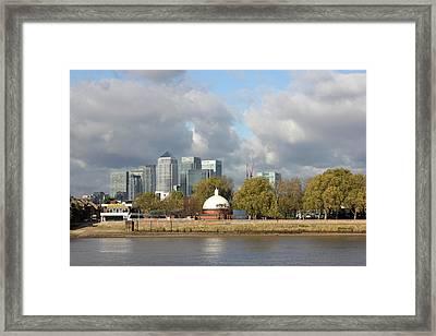 Canary Wharf And Poplar Framed Print by Dan Davidson