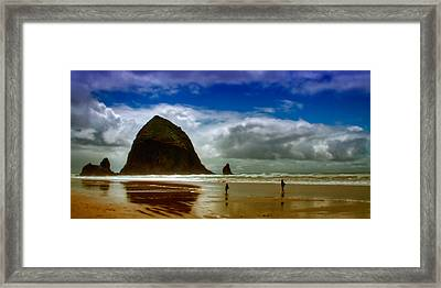 Cannon Beach At Dusk II Framed Print by David Patterson