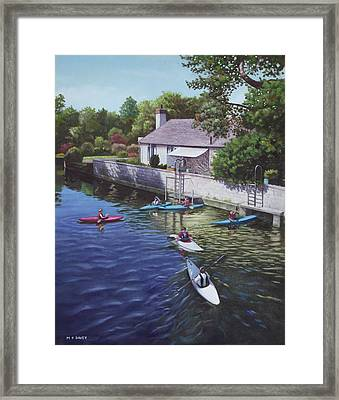 Canoeing On The River Avon Christchurch Uk Framed Print by Martin Davey