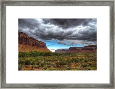 Canyonlad Mesas Framed Print