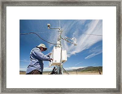 Carbon Dioxide Exchange Experiment Framed Print by Ashley Cooper