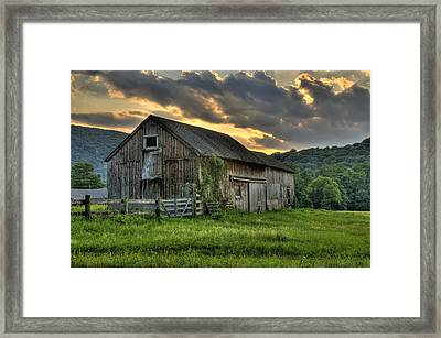 Casey's Barn Framed Print by Thomas Schoeller