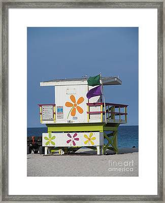 Casita De Playa Framed Print