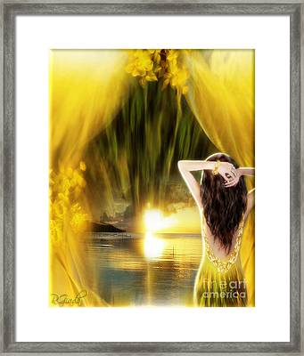 Framed Print featuring the digital art Catching The Sunset - Fantasy Art By Giada Rossi by Giada Rossi