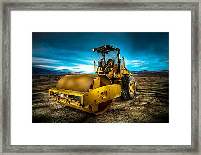 Caterpillar Cat Roller Cs563e Framed Print by YoPedro