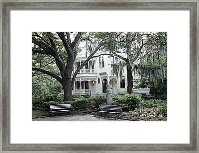 Charleston South Carolina Historical Victorian Mansion - Charleston South Carolina Southern Mansions Framed Print