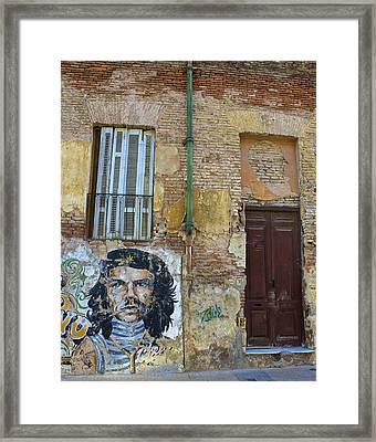 Che Guavara Street Art In San Telmo Framed Print by Venetia Featherstone-Witty