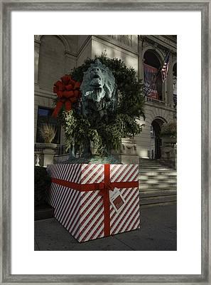 Chicago Art Institute Lion Framed Print