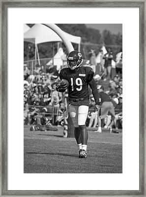 Chicago Bears Wr Josh Morgan Training Camp 2014 02 Bw Framed Print by Thomas Woolworth