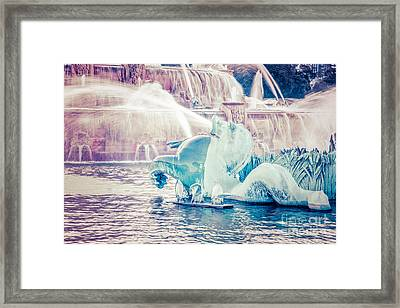 Chicago Buckingham Fountain Seahorse Retro Picture Framed Print
