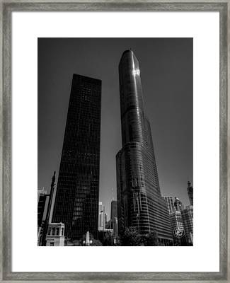 Chicago - N State Street 004 Framed Print by Lance Vaughn