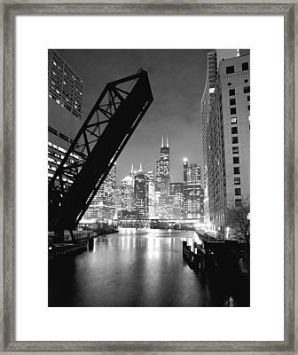 Chicago Skyline - Black And White Sears Tower Framed Print