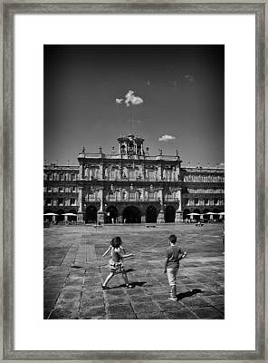 Children At Play In Salamanca Framed Print by Tom Bell