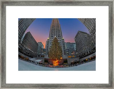 Christmas At Rockefeller Center In Nyc Framed Print by Susan Candelario