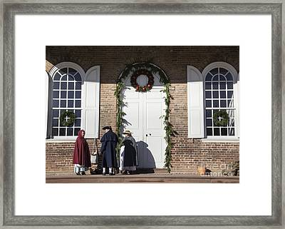 Christmas Conversation At The Courthouse Framed Print