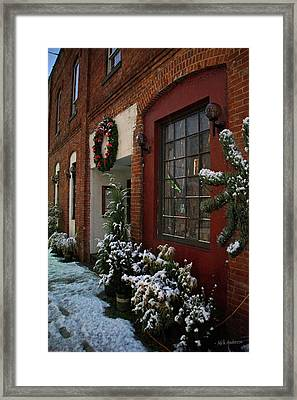 Christmas Decorations In Grants Pass Old Town  Framed Print by Mick Anderson