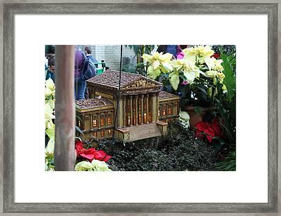 Christmas Display - Us Botanic Garden - 01133 Framed Print by DC Photographer
