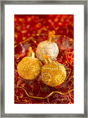 Christmasball Cupcakes In Red Framed Print by Iris Richardson