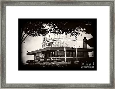 Circle Line Framed Print by Paul Cammarata
