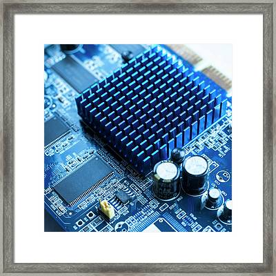 Circuit Board Heat Sink Framed Print by Science Photo Library