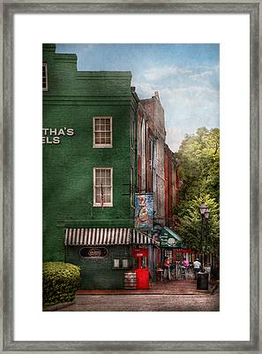 City - Baltimore - Fells Point Md - Bertha's And The Greene Turtle  Framed Print