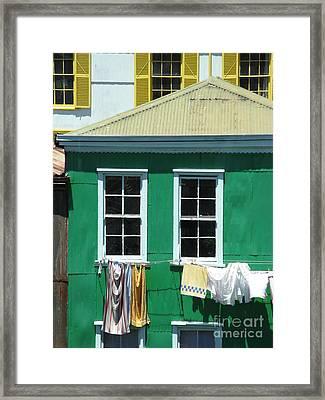 City Life Framed Print by Tanya Shockman