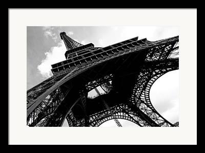 Eifel-turm Framed Prints