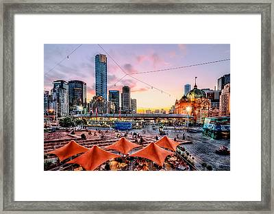 City Sunset Framed Print by Ray Warren