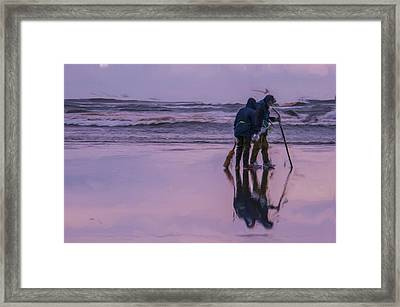 Clam Tide Framed Print by Nichon Thorstrom