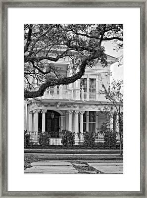 Class Act Monochrome Framed Print by Steve Harrington