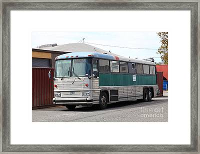 Classic Retro Greyhound Bus 5d25251 Framed Print by Wingsdomain Art and Photography