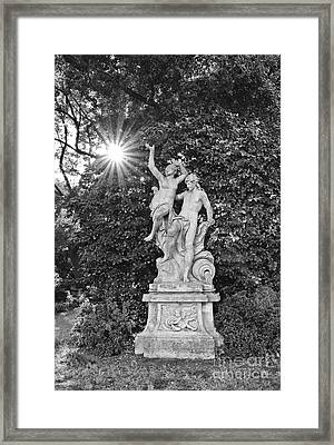 Classic Statue With Sunburst At The North Vista Lawn Of The Huntington Library. Framed Print