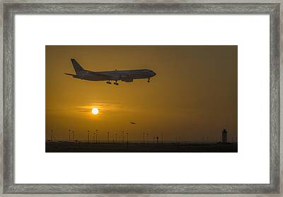 Cleared For Landing Dfw Framed Print by Joan Carroll