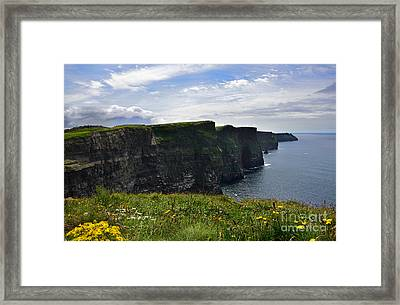 Cliffs Of Moher Looking South Framed Print by RicardMN Photography