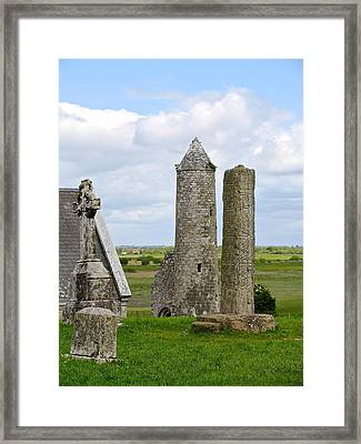 Framed Print featuring the photograph Clonmacnoise Towers by Suzanne Oesterling