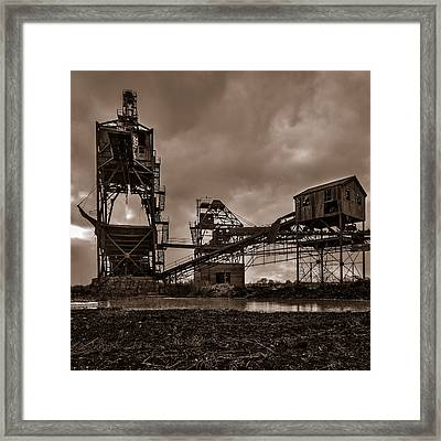 Coal Conveyor And Loader - Bw Framed Print by Chris Bordeleau